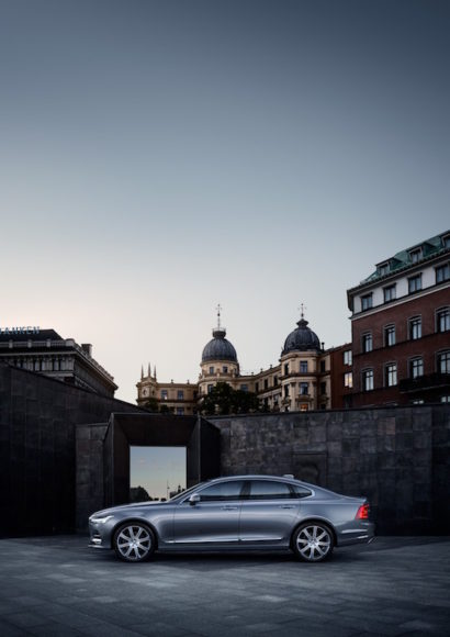 Location Profile Volvo S90 Mussel Blue