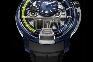 HYT švicarski je hidromehanički ručni sat
