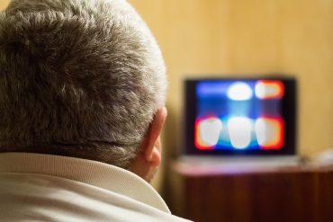 Gospodo smanjite gledanje pornografije i domaćih TV programa i bit ćete sretniji  sa životom
